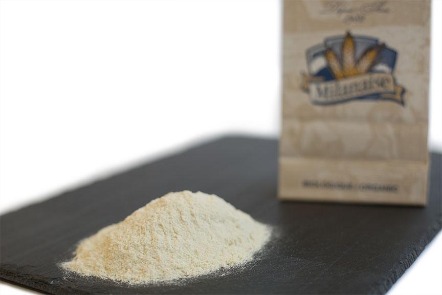 Farine blanche non blanchie de Khorasan biologique