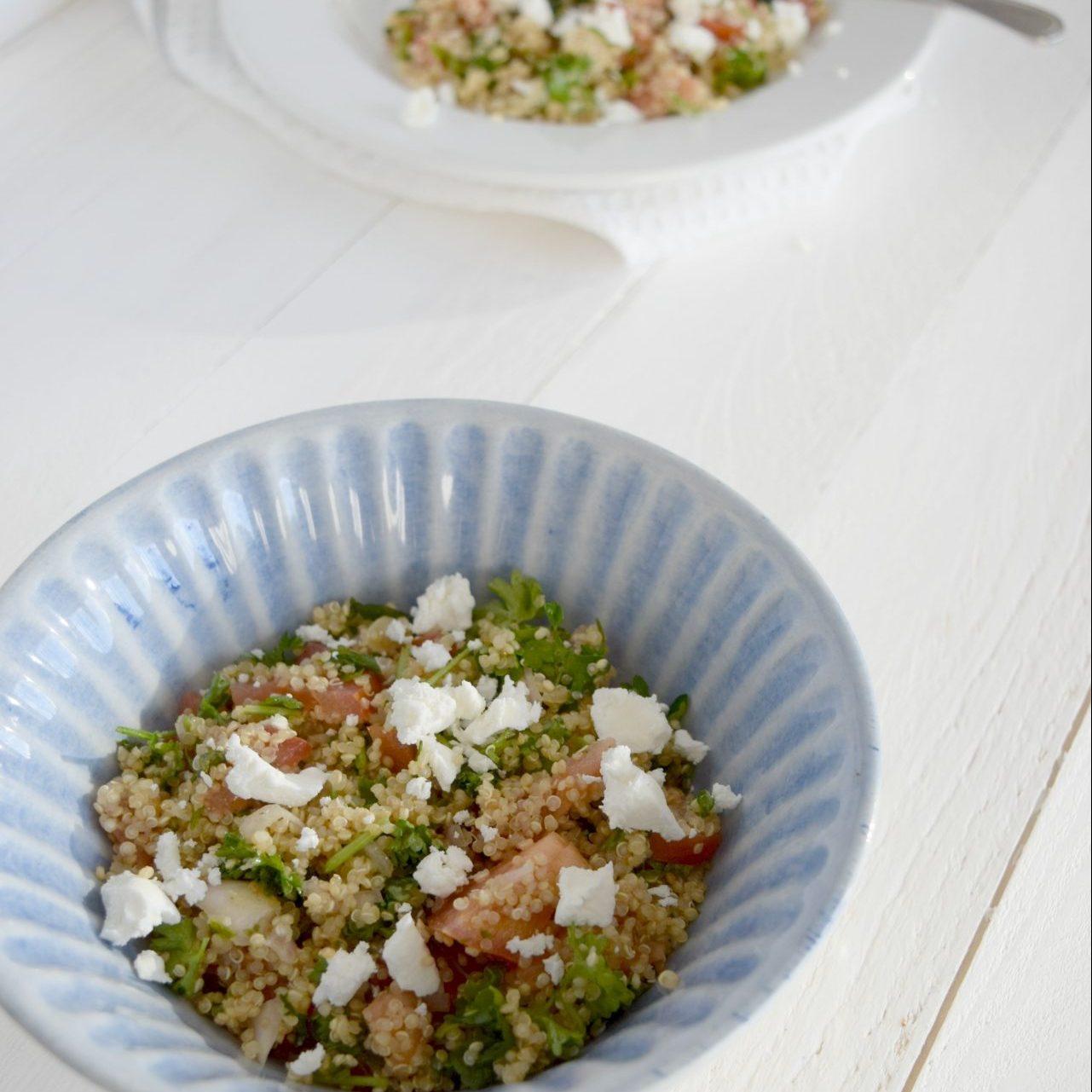 Salade de Quinoa aux herbes et au feta (style taboulé)